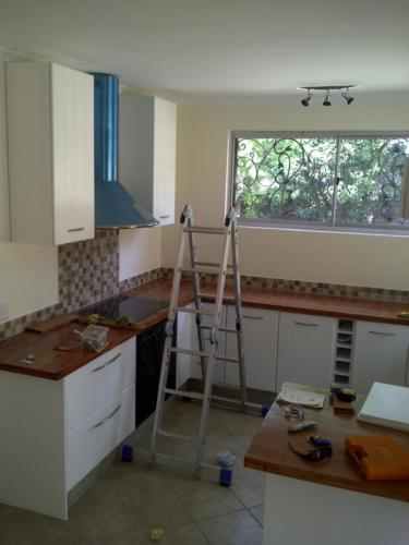 kitchen solid wood counter 1